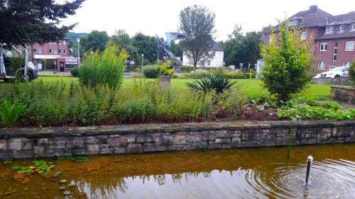 Gartenpflege;-Pflege-der-Beete-und-Grünanlagen